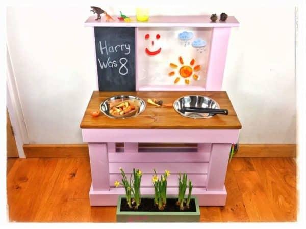 Wooden Kitchen sweet pea colour