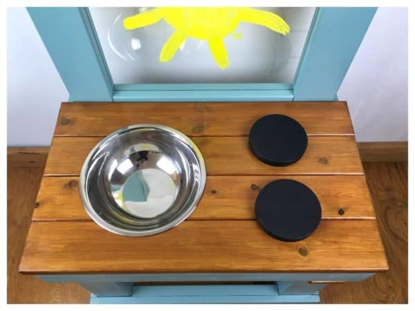 Small mud kitchen 1 bowl 4 hobs